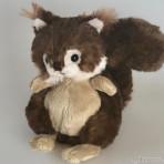 Baby Brunis Eichhörnchen